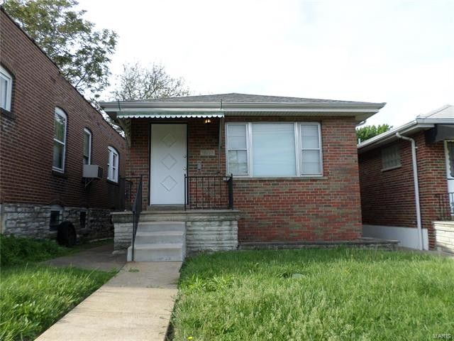 3618 Tholozan Ave Saint Louis, MO 63116