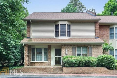 3507 Ashwood Ln, Atlanta, GA 30341