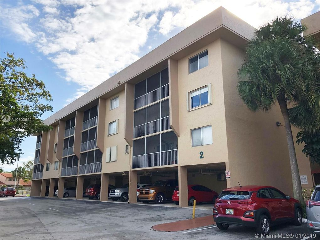 17000 Nw 67th Ave Apt 239, Hialeah, FL 33015