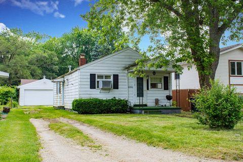 Detached Garage Homes For Sale In South Bend In Realtor Com