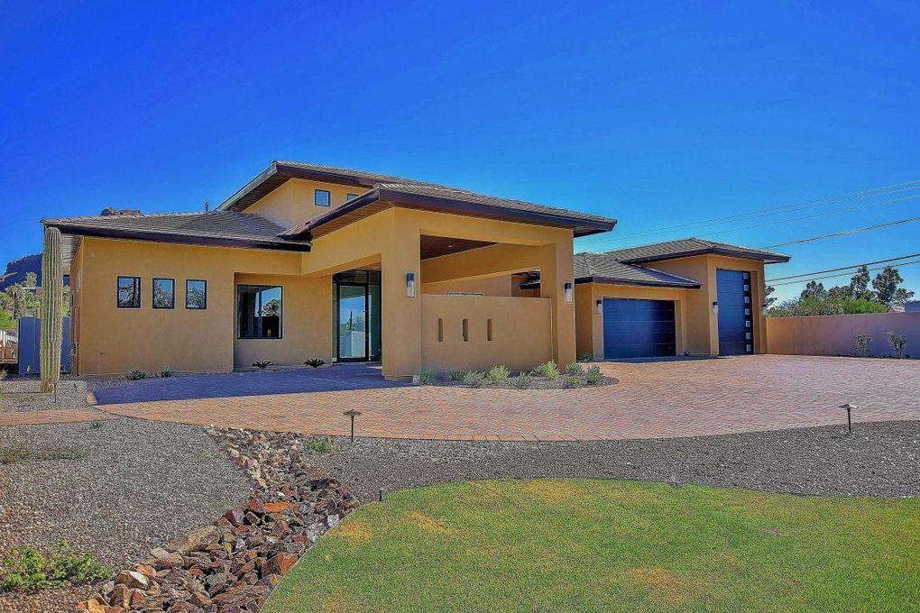 5725 N 44th St Unit 2, Phoenix, AZ 85018