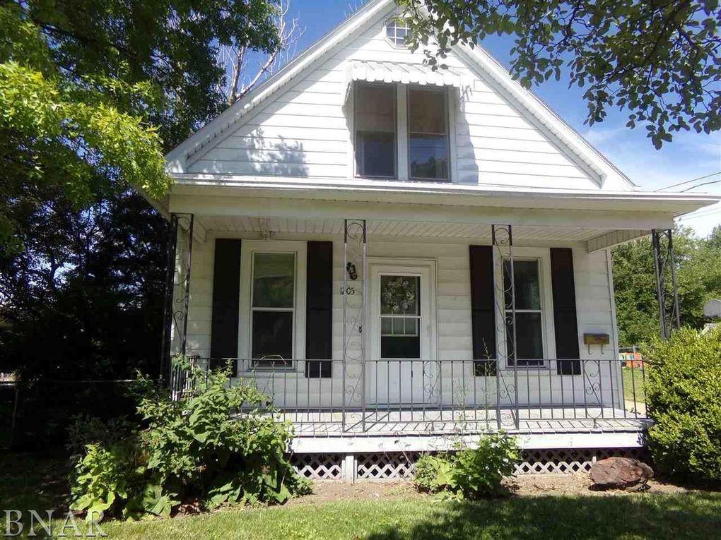 1205 S Oak St, Bloomington, IL 61701