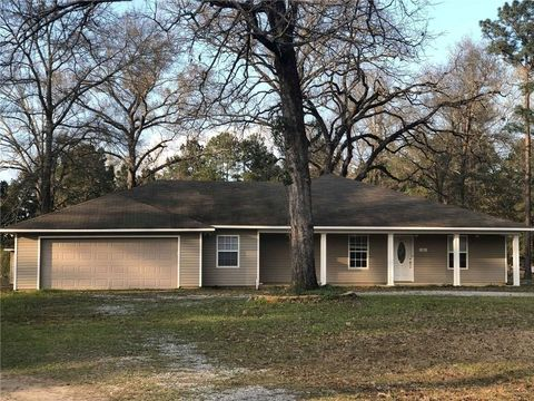 Photo of 136 Walker Gravel Pit Rd, Dry Prong, LA 71423