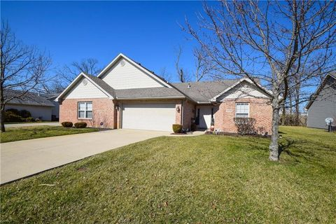 1955 Swallowtail Ct, Englewood, OH 45315