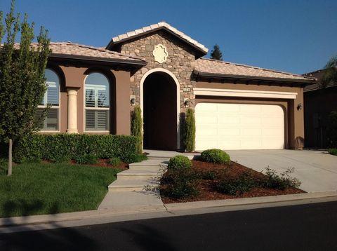 11378 N Via Montessori Dr, Fresno, CA 93730