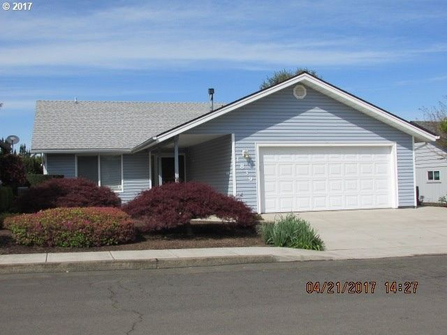 1839 Nut Tree Dr Nw, Salem, OR 97304