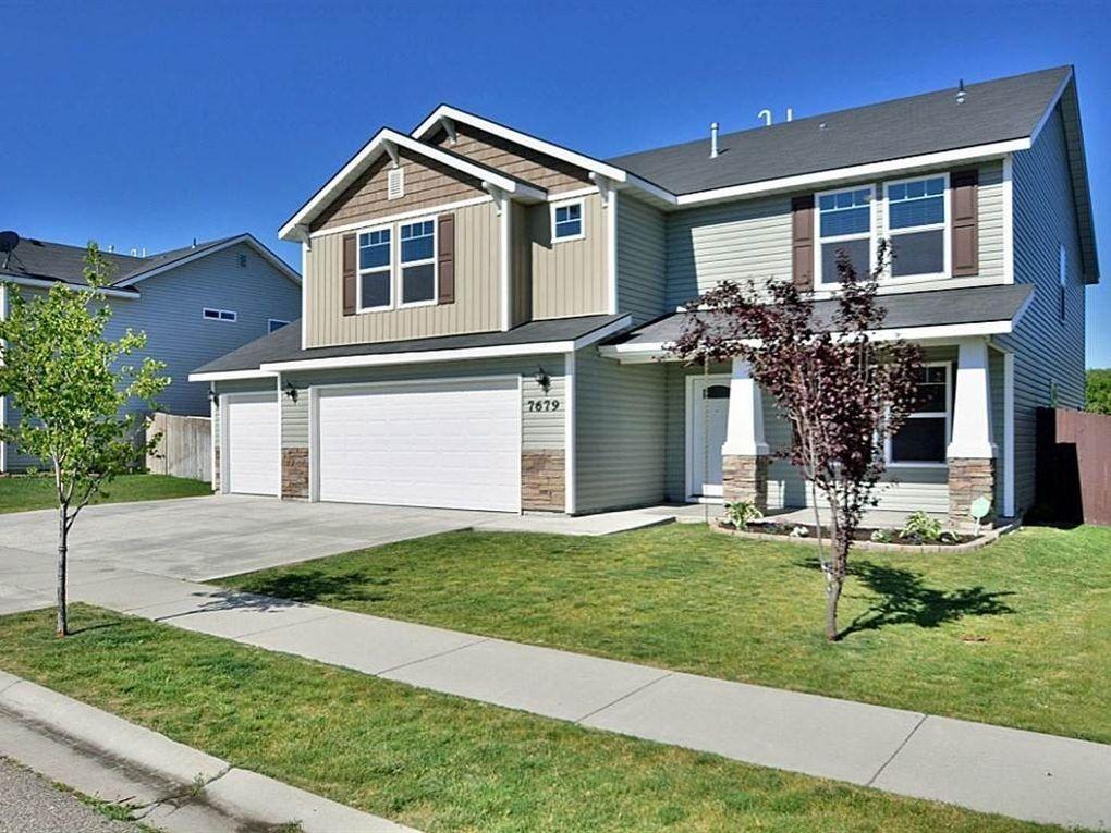 7679 S Acacia Ave Boise, ID 83709