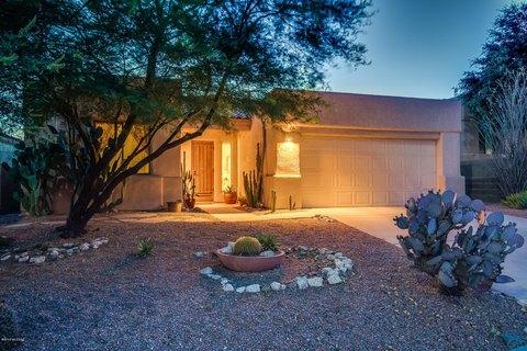 5231 N Canyon Rise Pl, Tucson, AZ 85749