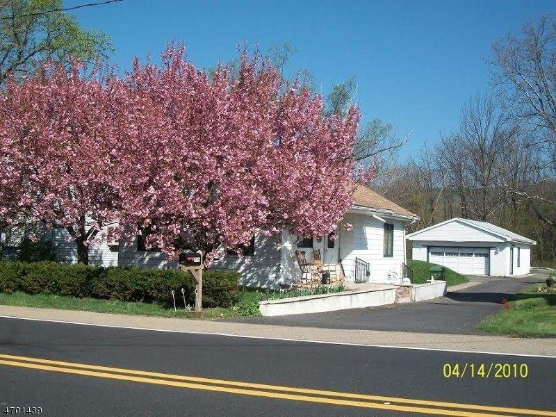 753 State Route 57, Stewartsville, NJ 08886