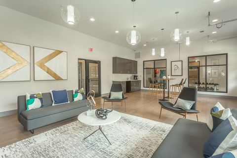 Photo of 804 Riverfront Pkwy Apt 307, Chattanooga, TN 37402