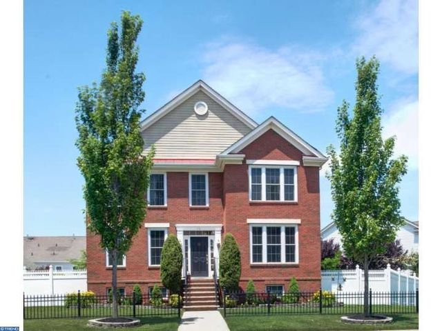 real estate robbinsville homes sale everett street