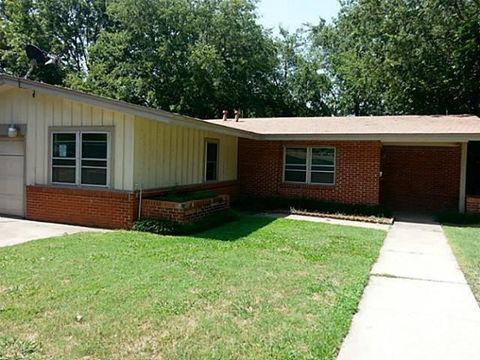Photo of 7717 Davenport Ave, Fort Worth, TX 76116