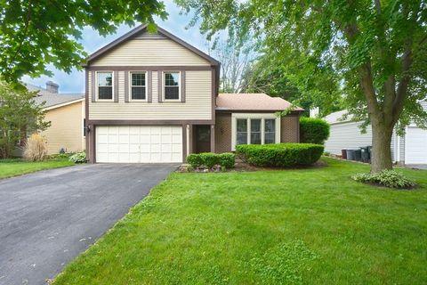 Hawthorn Creek, Mundelein, IL Real Estate & Homes for Sale - realtor ...
