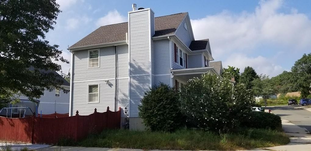 5 Jennifer Ln, Malden, MA 02148