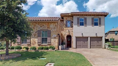 Photo of 2411 Fountain Dr, Irving, TX 75063