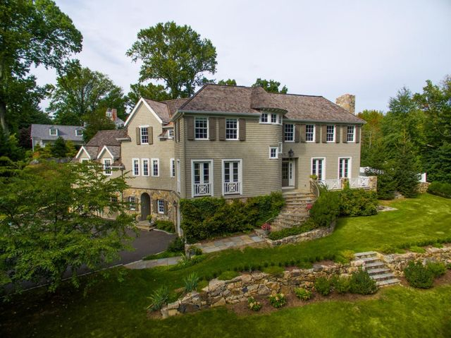 2 Homewood Lane Darien Ct