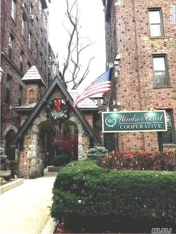 83 15 116 St Unit 3 K  Kew Gardens  NY 11415. Queens  NY Condos   Townhomes for Sale   realtor com