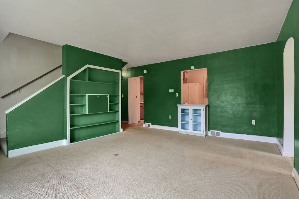 261 Grandview Ave, Chambersburg, PA 17201