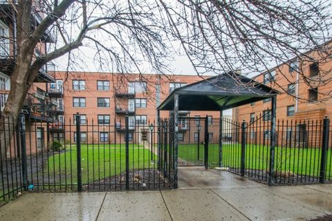 5226 N Campbell Ave Apt 3 B, Chicago, IL 60625