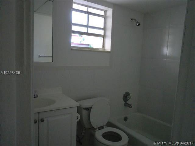 Sw Th St Pompano Beach FL Realtorcom - Bathroom place pompano beach fl