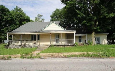 7739 Mendenhall Rd, West Newton, IN 46183
