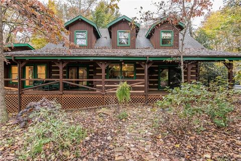 Photo of 4910 Golden Acres Rd, Oak Ridge, NC 27310