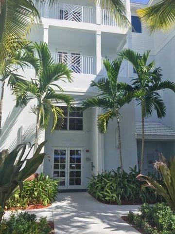 312 Bay Colony Dr N, Juno Beach, FL 33408