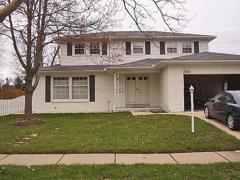 Photo of 3300 Bluett Rd, Ann Arbor, MI 48105