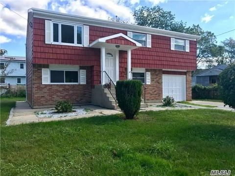 137 Washington Ave Deer Park NY 11729