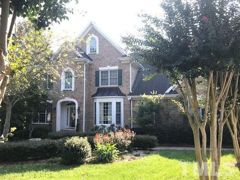 Photo of 104 Withwyndle Ct, Cary, NC 27518