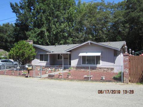 Photo of 39 Palomino Way, Garberville, CA 95542