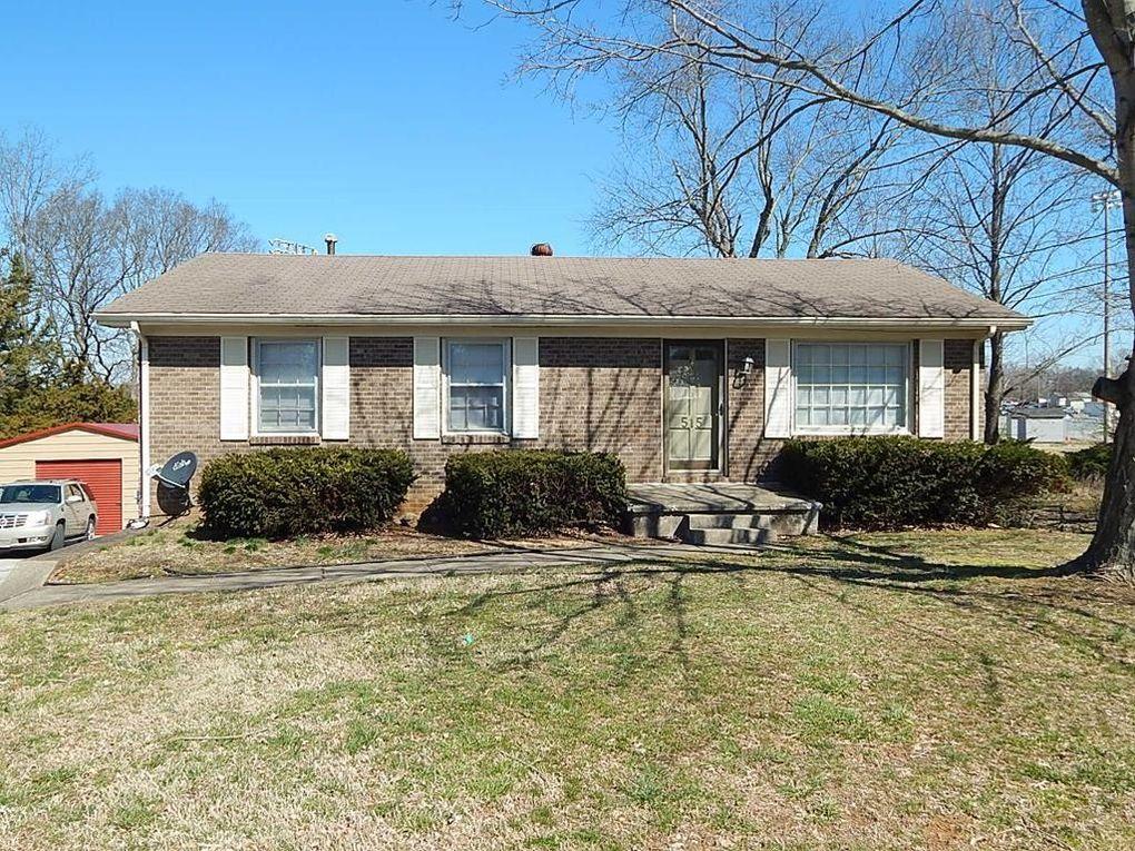 515 Linda Dr, Hopkinsville, KY 42240