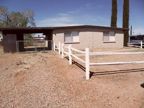 713 Mountain View Pl, Huachuca City, AZ 85616