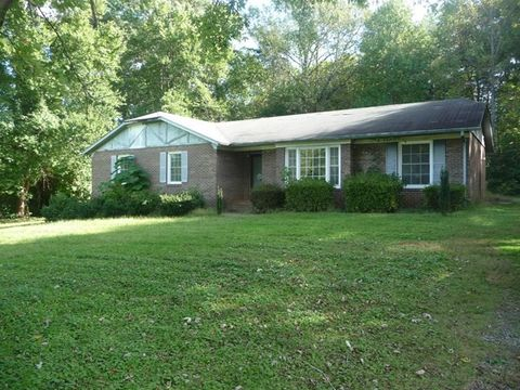 305 John Spencer Rd, Martinsville, VA 24112