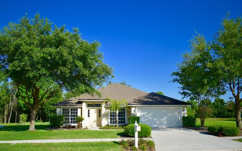 Photo of 1398 Shirley Oaks Dr S, Jacksonville, FL 32218
