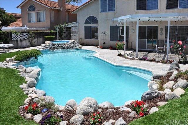 52 San Bonifacio Rancho Santa Margarita, CA 92688