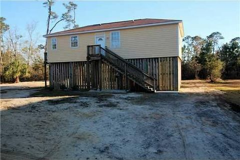 437 Mc Clung St, Pass Christian, MS 39571