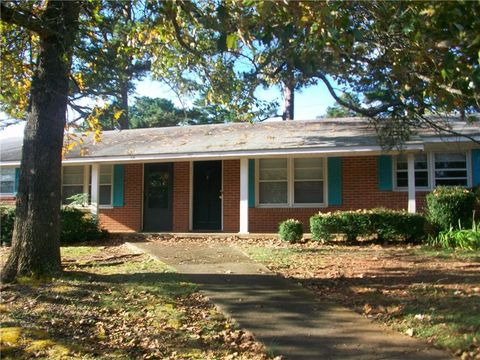 Photo of 332 Pelham Creek Dr, Seneca, SC 29678