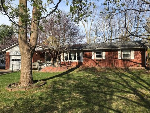 Photo of 6317 Saint James Dr, Indianapolis, IN 46217