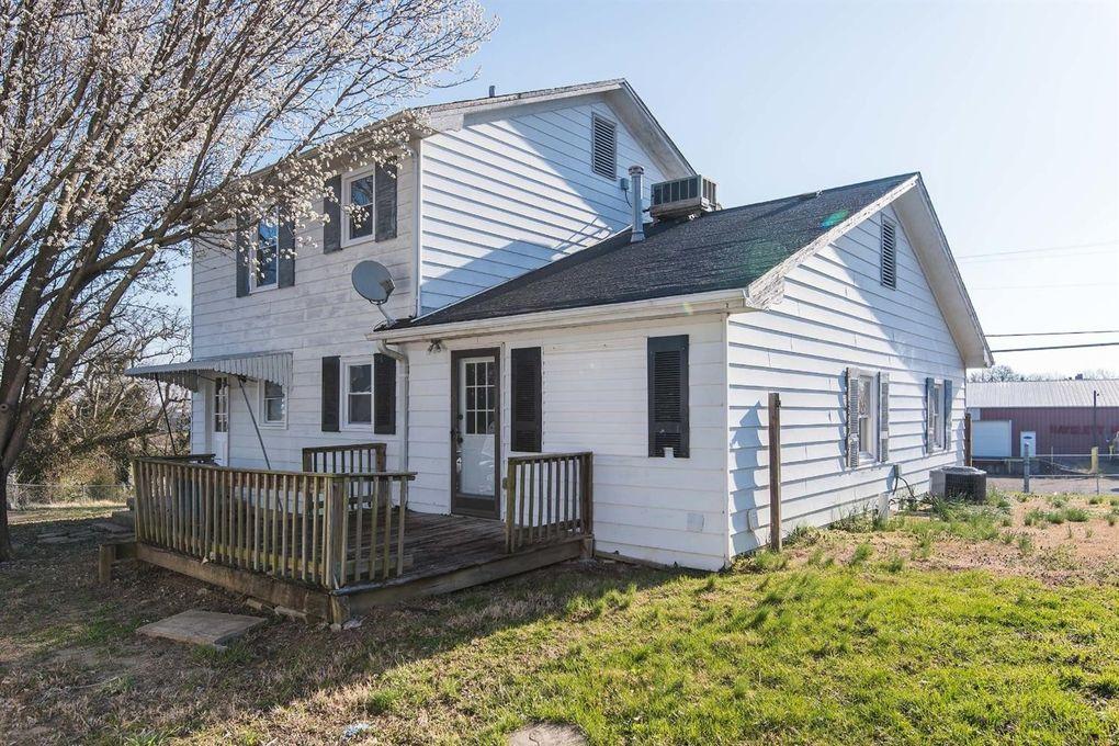 754 Warwick Rd, Harrodsburg, KY 40330