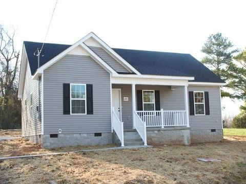 Photo of 626 5th Ave N, Lewisburg, TN 37091