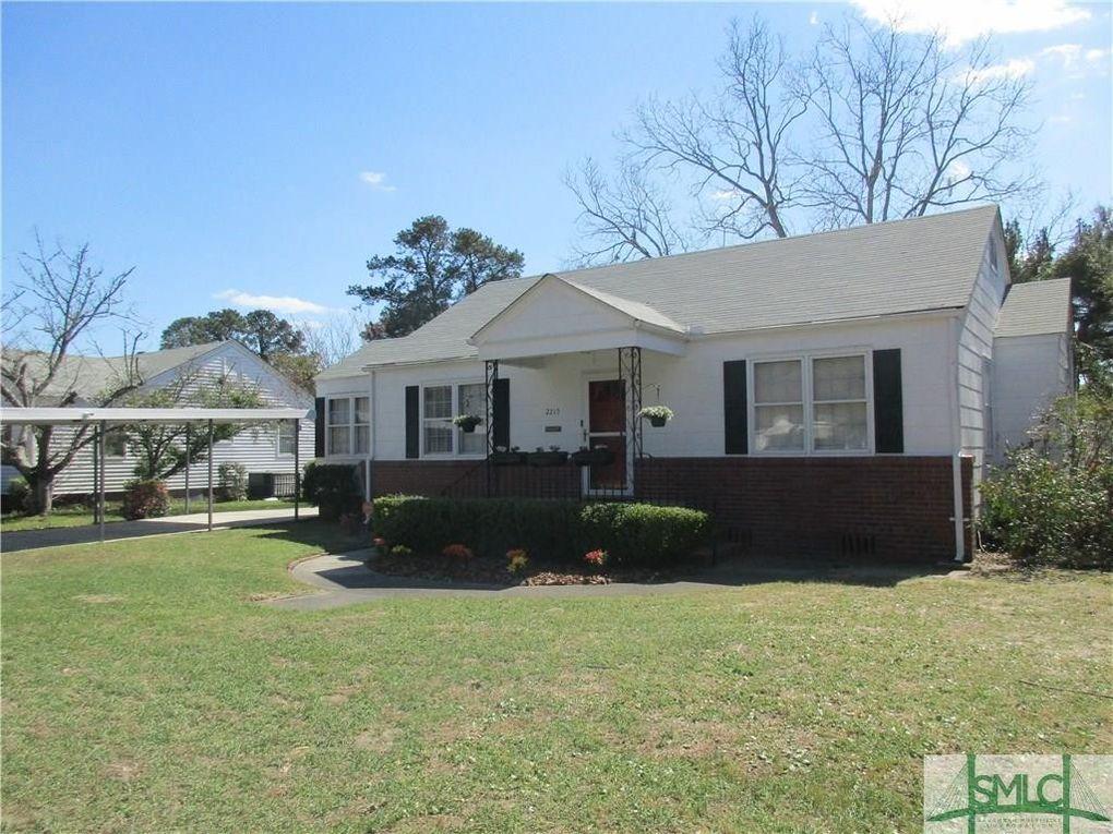 2215 E 37th St Savannah, GA 31404
