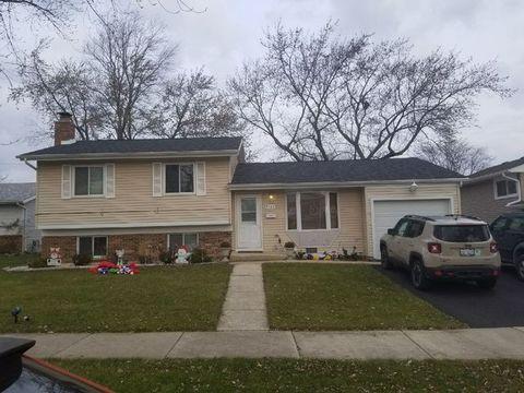 5168 Newport Dr, Oak Forest, IL 60452