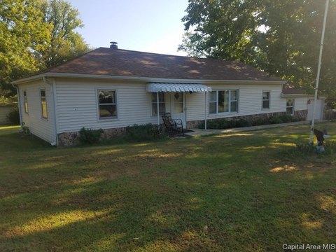 12517 State Route 125, Pleasant Plains, IL 62677