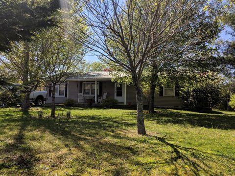 Photo of 49 N B St, Hillsboro, TN 37342
