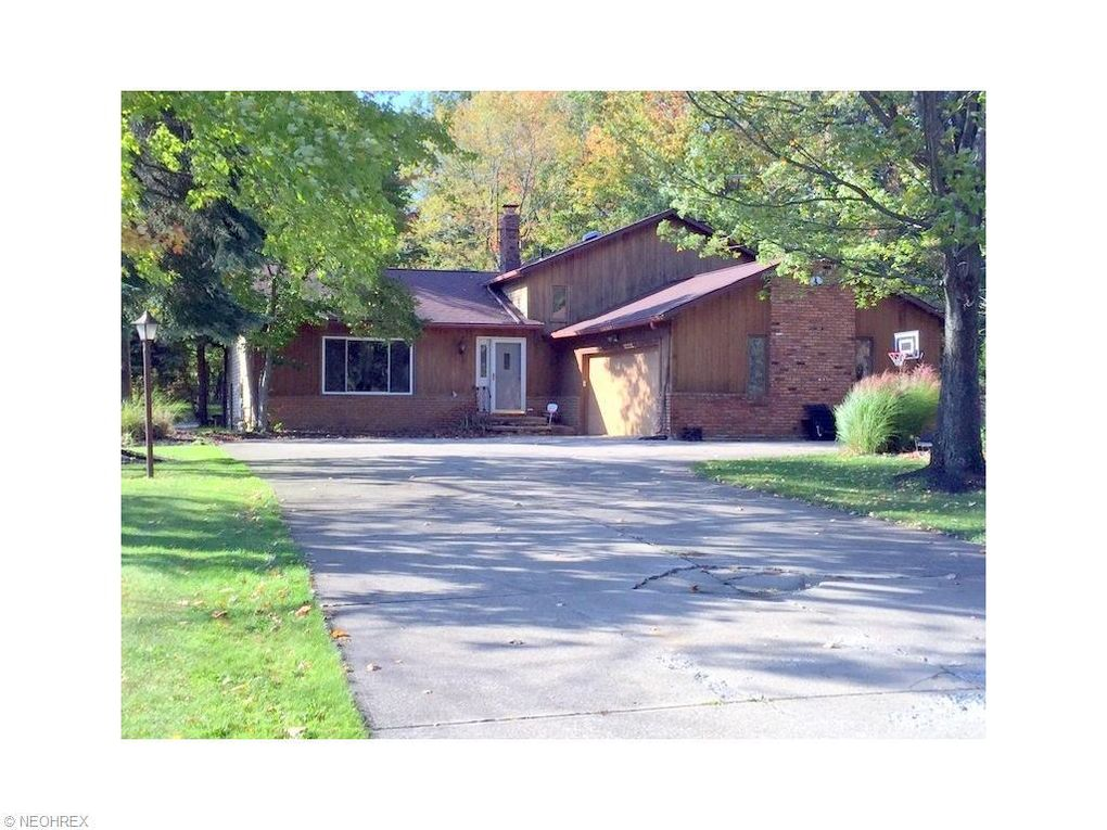 2816 Fowler Dr Willoughby Hills Oh 44094 Realtor Com