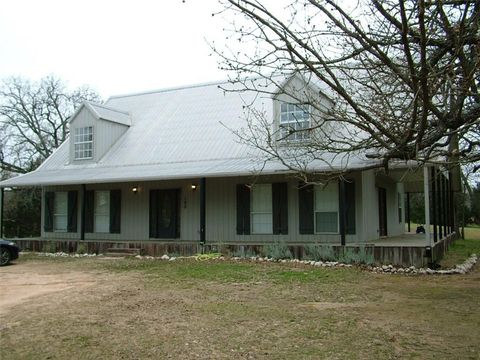 Photo of 190 Rs County Road 4520, Point, TX 75472