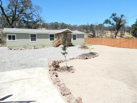 Photo of 9473 Pinto Pl, Lower Lake, CA 95457