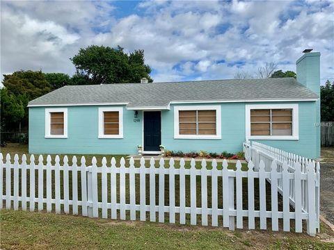 1298 Emma Dr, Merritt Island, FL 32952