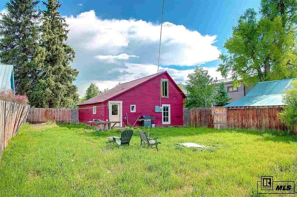 48 Logan Ave, Steamboat Springs, CO 80487